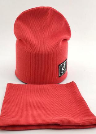 Комплект шапка-хомут на девочку