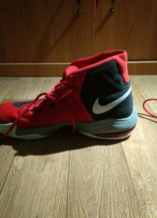 Баскетбольные кроссовки Nike Air Max Audacity 2016