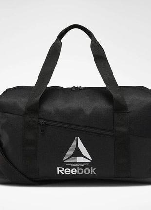 Сумки reebok training essentials grip duffel bag артикул ec5577