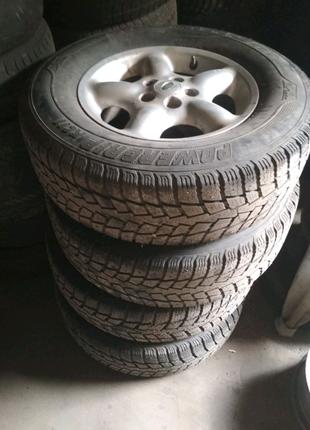 Land Rover Freelander диски с резиной