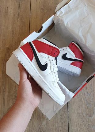 Nike air jordan 1 mid white black gym red