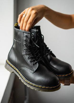 Ботинки dr. martens 1460 black демисезонные / кожа / черные