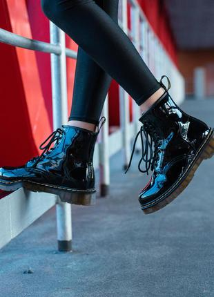 Ботинки dr. martens 1460 patent black черные / кожа