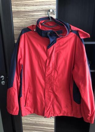 Фирменная куртка ветровка мужская