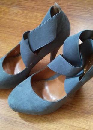 Туфли на каблуке, 41