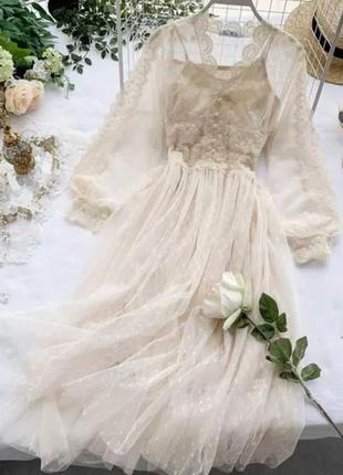 Невероятно красивые гипюровые платья в горошек со вставками кр...