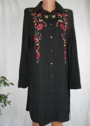 Красивое платье рубашка с вышивкой