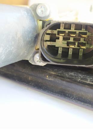 7355636E  BMW X3 (F25) Стеклоподъёмник передней правой двери.