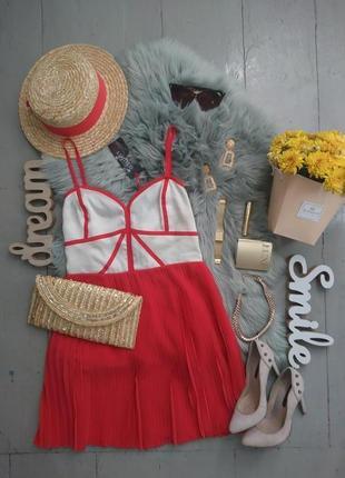 Оригинальное платье с плиссированной юбкой №506