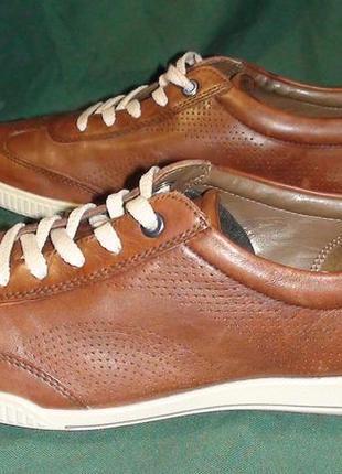 Ecco- шкіряні кросівки-кеди. р- 39.(25.5см).