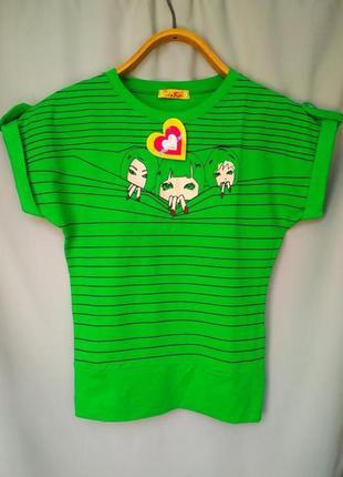 Стильная катоновая футболка с рукавом летучая мышь