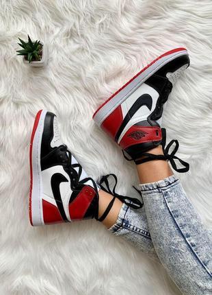 Женские кроссовки ◈ nike air jordan 1 retro red black ◈ 😍