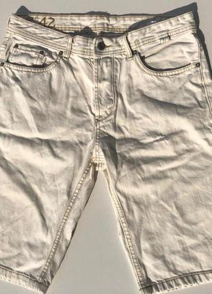 Крутые джинсовые шорты springfield