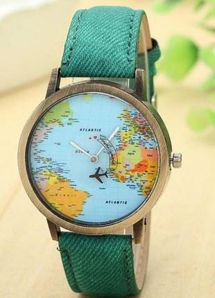 Часы наручные с картой и с секундной стрелкой самолетом, зелёные.