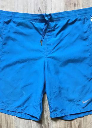 Мужские спортивные шорты с принтом nike