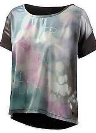 Стильная брендовая футболка от replay