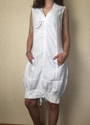 Белое льняное платье спортивного стиля от yaya
