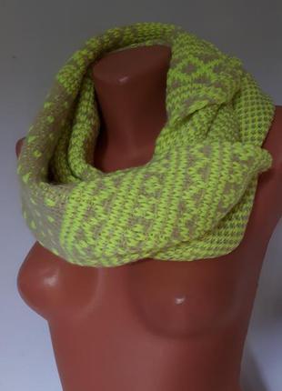 Яркий молодежный теплый шарф*снуд next ( 34 см на 83×2 см)