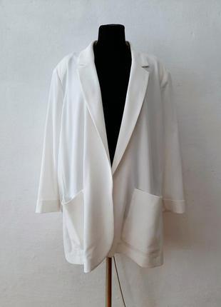 Стильный модный трендовый белоснежный пиджак большого размера 28