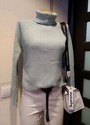 Стильный голубой джемпер свитер кофта пуловер водолазка