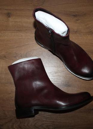 Кожаные полусапоги ботинки ecco