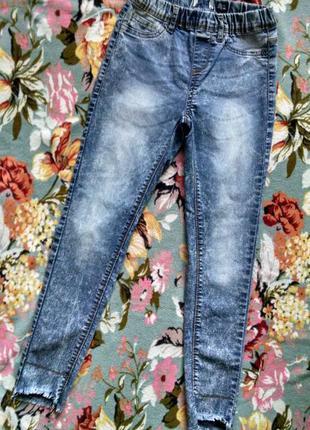 Стильные джинсы для девочки 10-11 лет