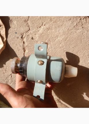 Редукторы РДФ-3-2. давления воздуха - 2шт. по 150грн