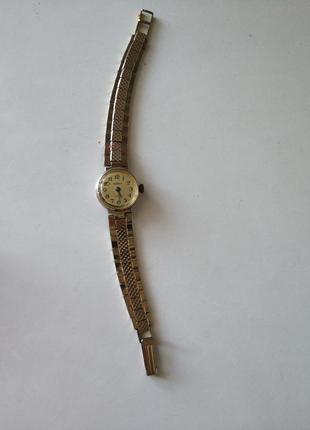 Механические наручные часы чайка