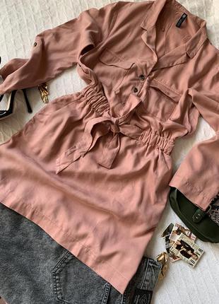 Стильное платье пудрового цвета от зара размер хс