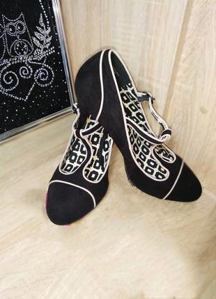 Туфли с  т образным ремешком next некст