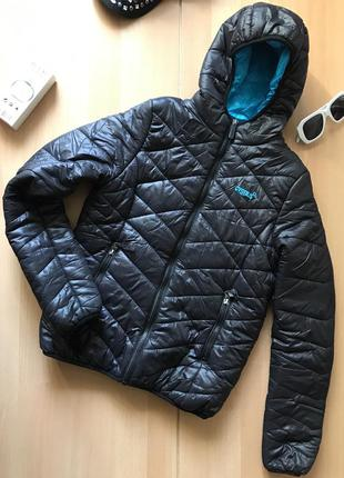 Спортивная теплая куртка cygnus