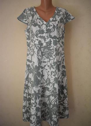 Льняное платье с принтом большого размера