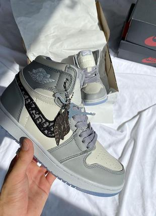 Nike air jordan 1 retro женские кожаные кроссовки 😍