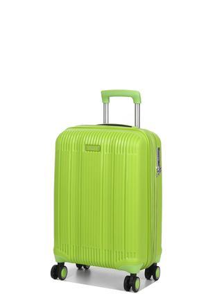 Ультралегкий французский чемодан из полипропилена на 4-х колесах