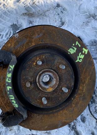 Цапфа ступица передняя кулак Nissan X-Trail T32 Rogue