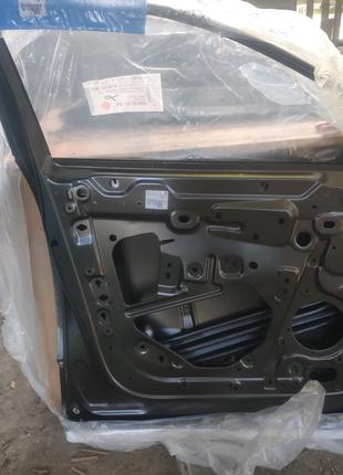 Новая дверь передняя левая для Peugeot 3008, код 9812306480