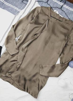 Кофточка блуза оливкового оттенка