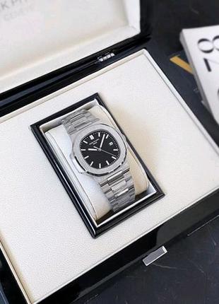 Часы Patek Philippe Nautilus