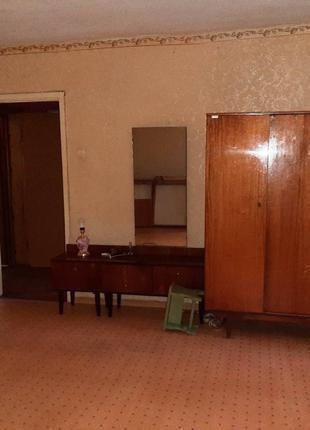 Продам 1-но комнатную квартиру в кирпичном доме / р-н ЖД вокзала