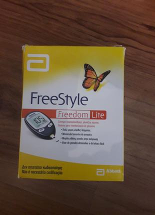 Глюкометр fteeStyle Freedom lite новый за пол цены.