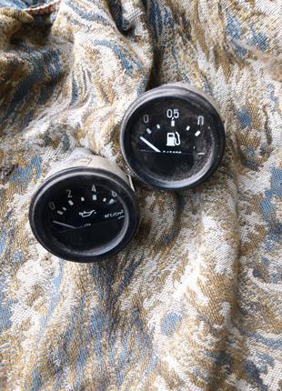 Датчик указателя давления масла,указатель уровня топлива КАМАЗ