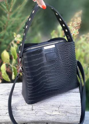 Женская сумка-шоппер со структурой рептилия чёрная