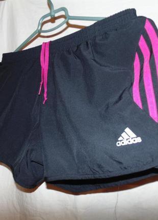 Шорты новые adidas оригинал  размер l или 38 \40 без дефектов