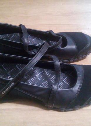 Туфлі skechers 40-41