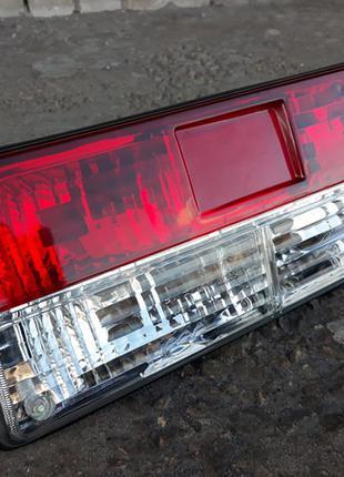Задние фары на ВАЗ 2105 и ВАЗ 2107 хрусталь №2 Люкс(на патронах)