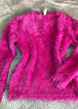 Розовая мохнатая кофта