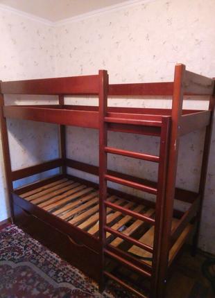 Двухъярусная детская-подростковая кровать.