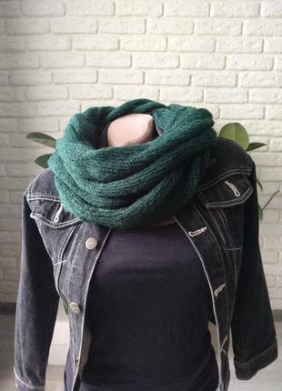 Изумрудный шарф снуд из итальянского кидмохера