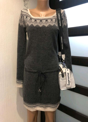 Натуральная шерсть стильное брэндовое платье мини