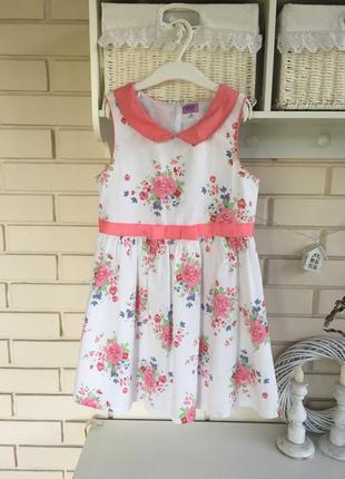 Нарядное платье для девочки в цветочный принт на 6-8 лет